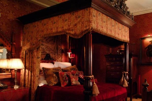 Volo Hotel Amsterdam Trivago